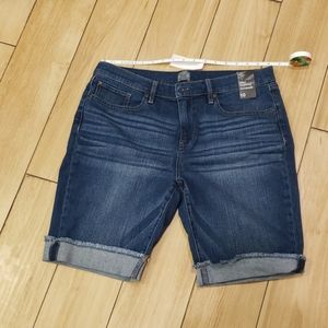 Boyfriend bermuda demin shorts